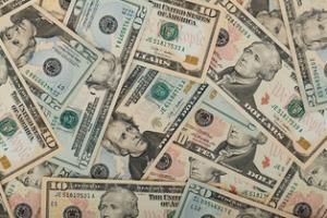 Conjuro para atraer el dinero