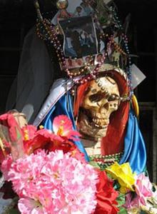 Hechizos y amarres con la Santa Muerte