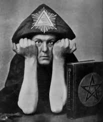 Hechiceros Famosos Reales: Aleister Crowley