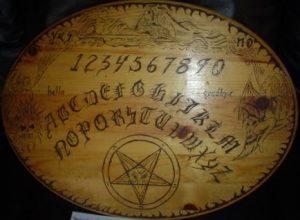 Peligros de la Ouija
