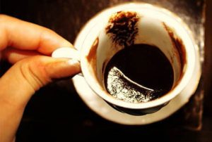 Como leer posos de cafe