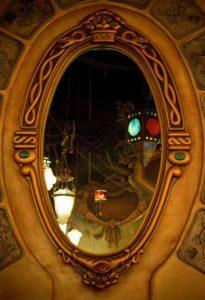 Hechizo del espejo destierro