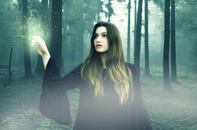 Tipo de Bruja Tradicional: Estudia la antigua tradición de las brujas